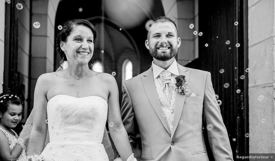 Le mariage de Benjamin et Katy à Lusignan, Vienne