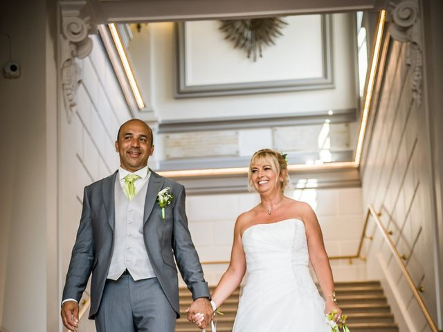 Le mariage de Julien et Johanna à Châtellerault, Vienne 15
