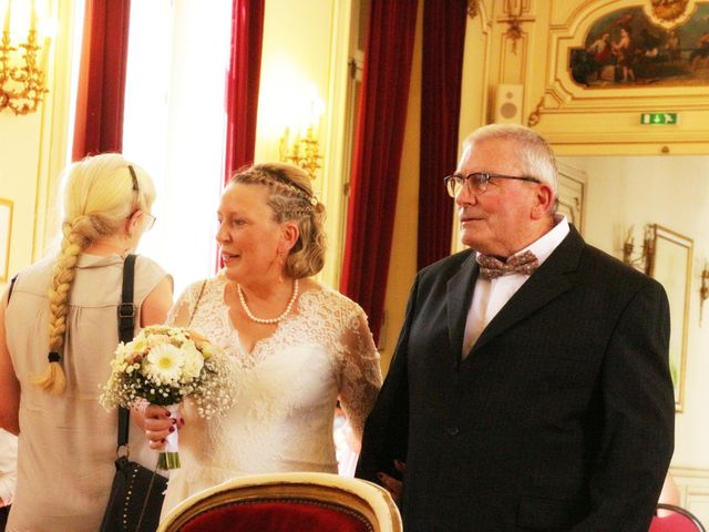 Le mariage de Christophe et Astrid à Louvier, Eure 7