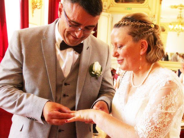 Le mariage de Christophe et Astrid à Louvier, Eure 2