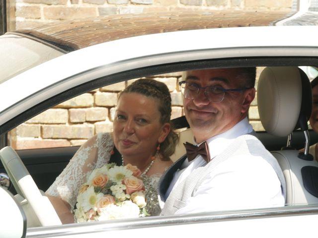 Le mariage de Christophe et Astrid à Louvier, Eure 20