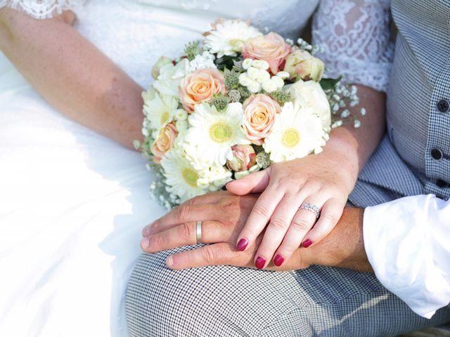 Le mariage de Christophe et Astrid à Louvier, Eure 41
