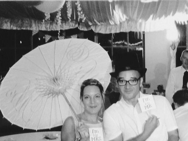 Le mariage de David et Vanessa  à Solliès-Ville, Var 9