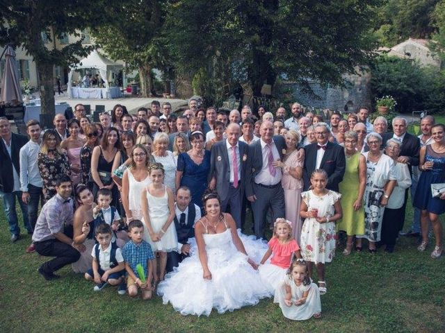 Le mariage de David et Vanessa  à Solliès-Ville, Var 22