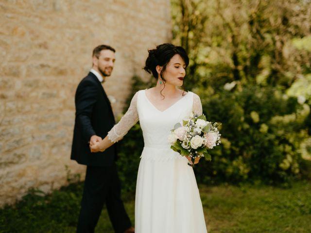 Le mariage de Julien et Marie-Elise à Poligny, Jura 24
