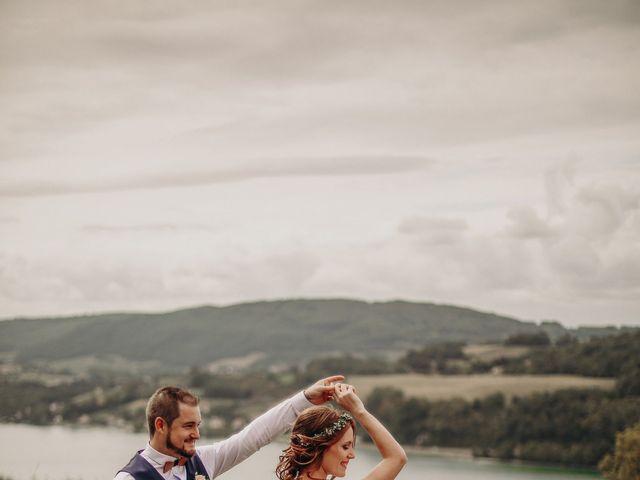 Le mariage de Louis et Kassandra à Saint-Alban-de-Montbel, Savoie 6