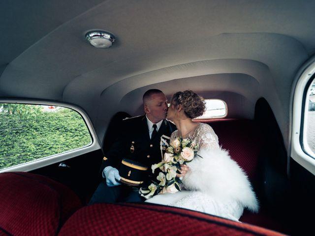 Le mariage de Julien et Angélique à Dole, Jura 11