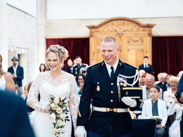 Le mariage de Julien et Angélique à Dole, Jura 19