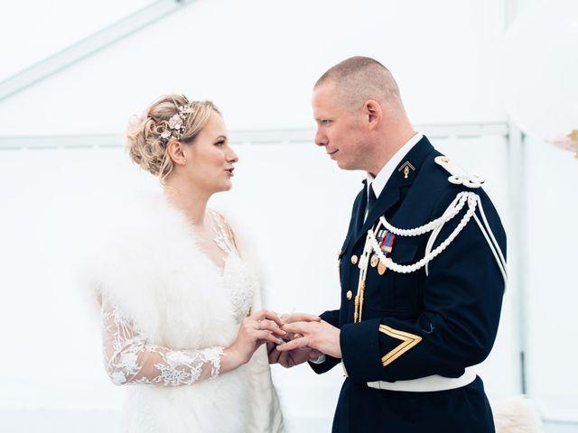 Le mariage de Julien et Angélique à Dole, Jura 35