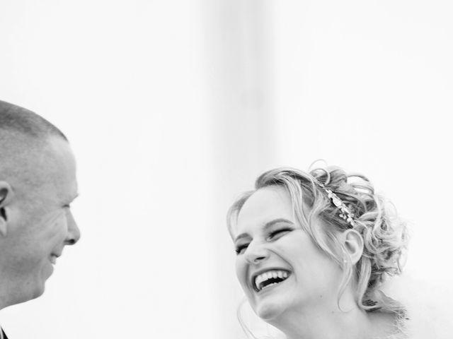 Le mariage de Julien et Angélique à Dole, Jura 2