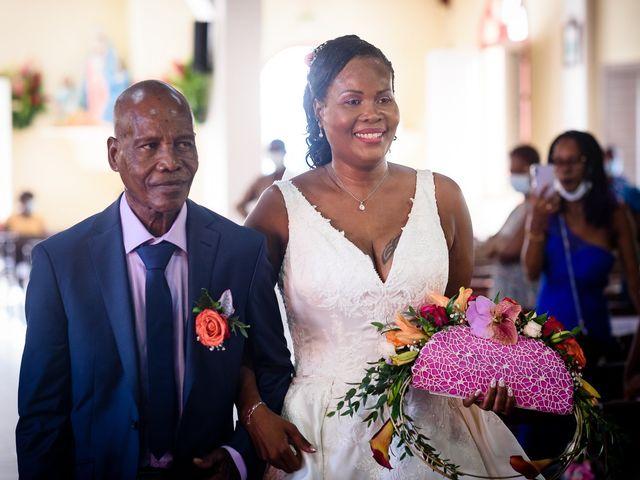 Le mariage de Steeven et Géraldine à Gros-Morne, Martinique 15
