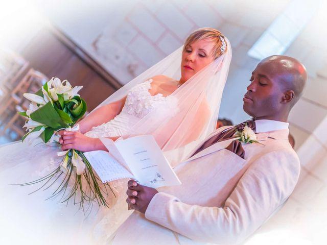 Le mariage de Mikaël et Amandine à Latillé, Vienne 9