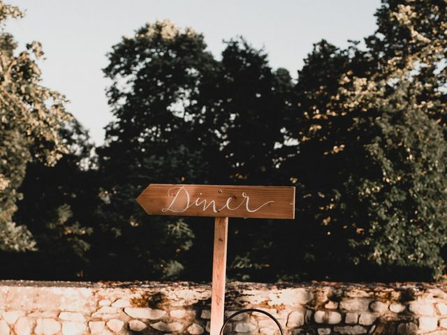 Le mariage de Domitille et Carlos à Trept, Isère 3