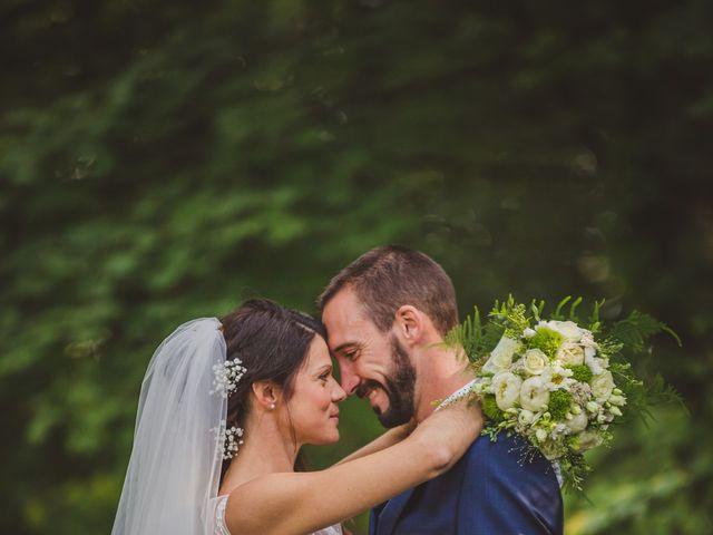 Le mariage de Stéphane et Adeline à Lons-le-Saunier, Jura 3