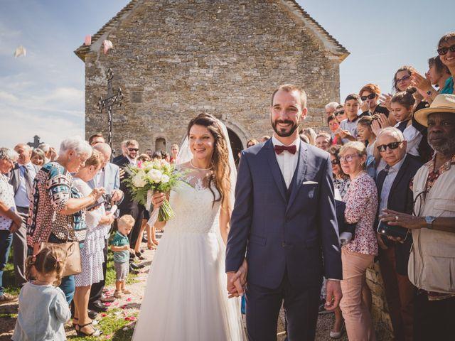 Le mariage de Stéphane et Adeline à Lons-le-Saunier, Jura 2