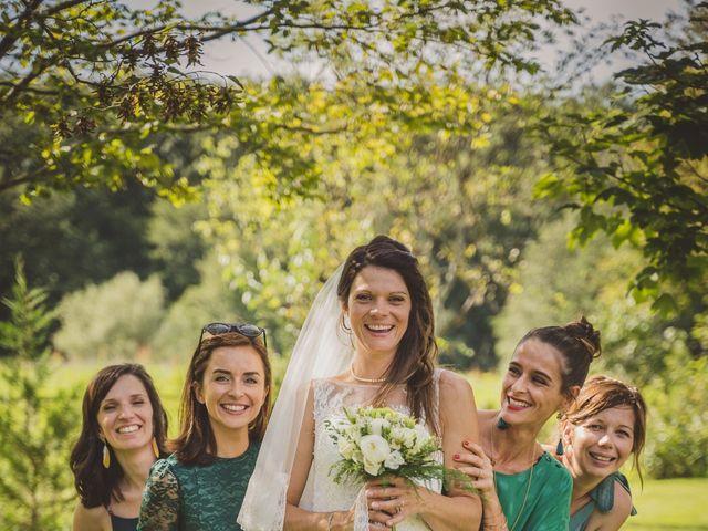 Le mariage de Stéphane et Adeline à Lons-le-Saunier, Jura 6