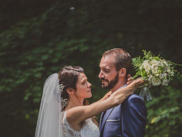 Le mariage de Stéphane et Adeline à Lons-le-Saunier, Jura 10