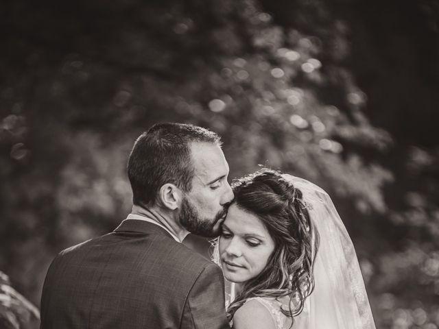 Le mariage de Stéphane et Adeline à Lons-le-Saunier, Jura 12
