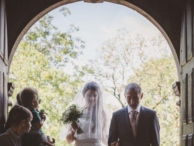 Le mariage de Stéphane et Adeline à Lons-le-Saunier, Jura 14