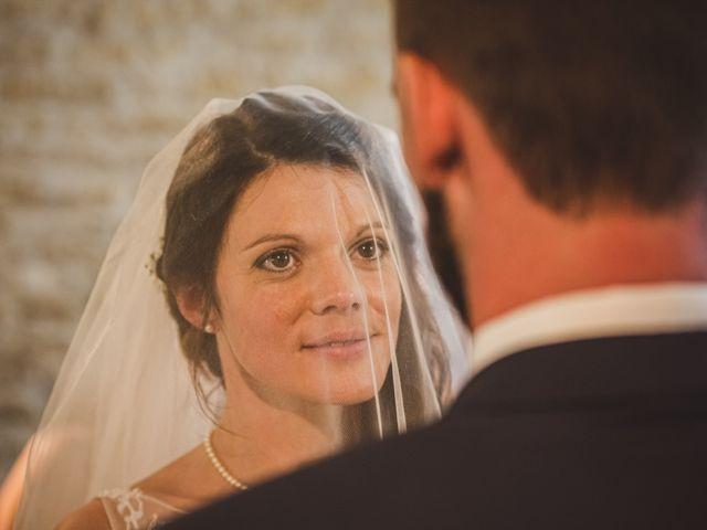 Le mariage de Stéphane et Adeline à Lons-le-Saunier, Jura 15
