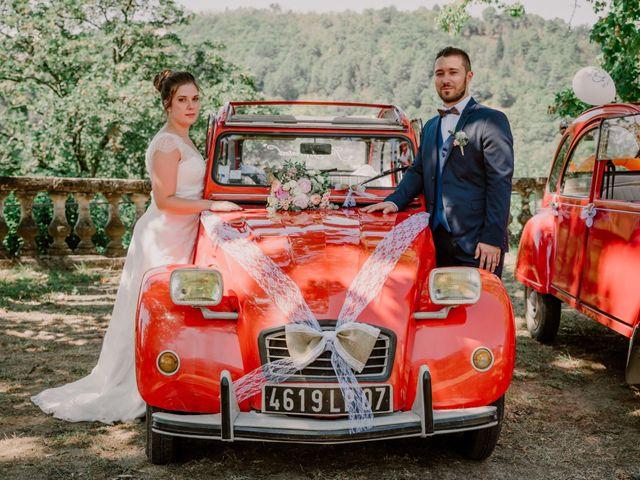Le mariage de Felicien et Helene à Saint-Privat, Ardèche 17