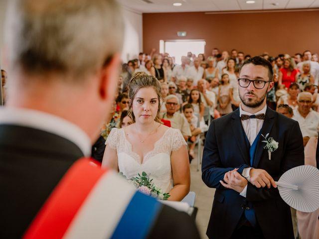 Le mariage de Felicien et Helene à Saint-Privat, Ardèche 18