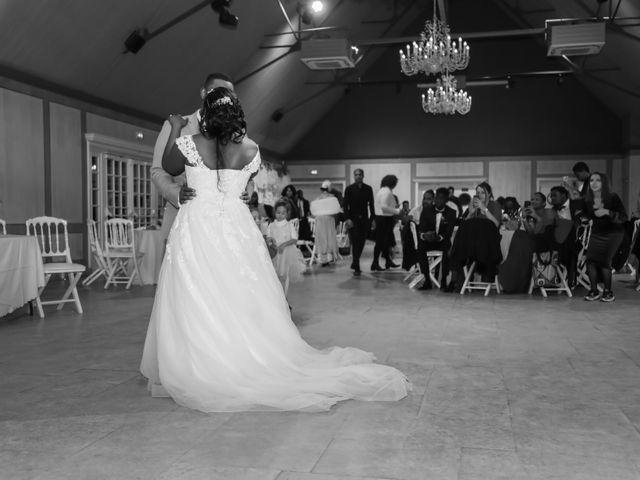 Le mariage de Raphaël et Béatrice à Les Mesnuls, Yvelines 91