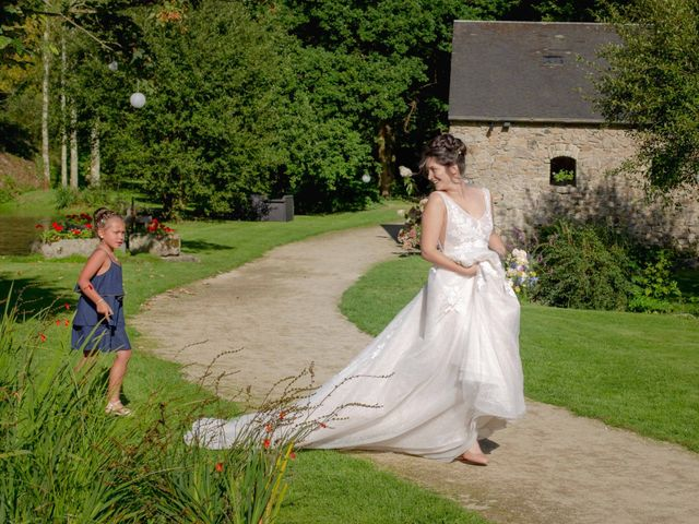 Le mariage de Sébastien et Aude à Bohars, Finistère 25