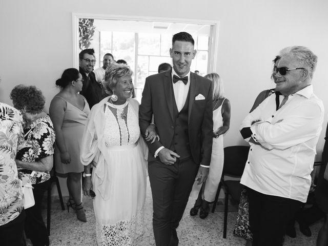 Le mariage de Johan et Amelie à Peypin, Bouches-du-Rhône 28