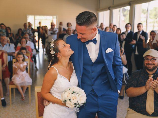 Le mariage de Johan et Amelie à Peypin, Bouches-du-Rhône 32