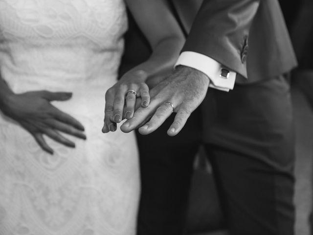 Le mariage de Johan et Amelie à Peypin, Bouches-du-Rhône 35