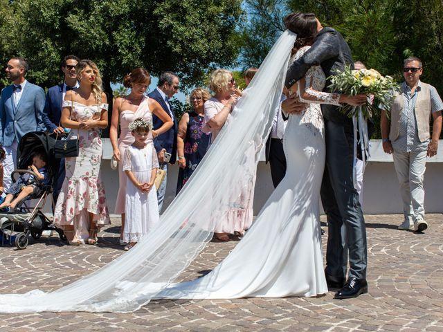 Le mariage de Nicolas et Alexandra à Martigues, Bouches-du-Rhône 20