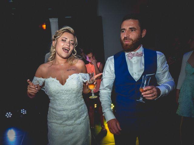 Le mariage de Cédric  et Stella  à Montfavet, Vaucluse 180