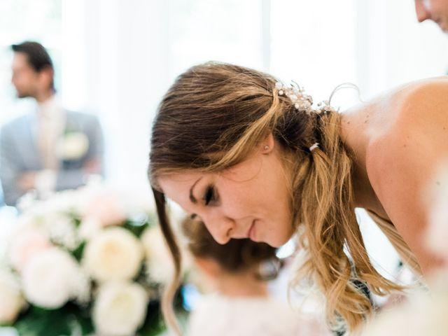 Le mariage de Lionel et Lia à Roquebrune-sur Argens, Var 18