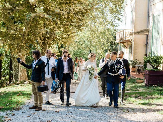 Le mariage de Lionel et Lia à Roquebrune-sur Argens, Var 21