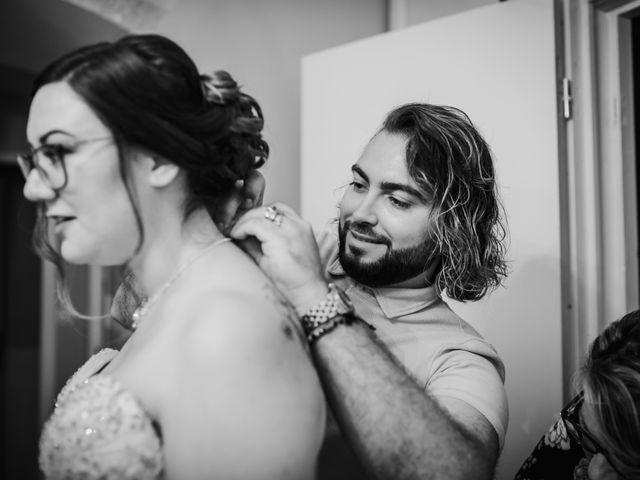 Le mariage de Valentin et Laura à Morestel, Isère 8