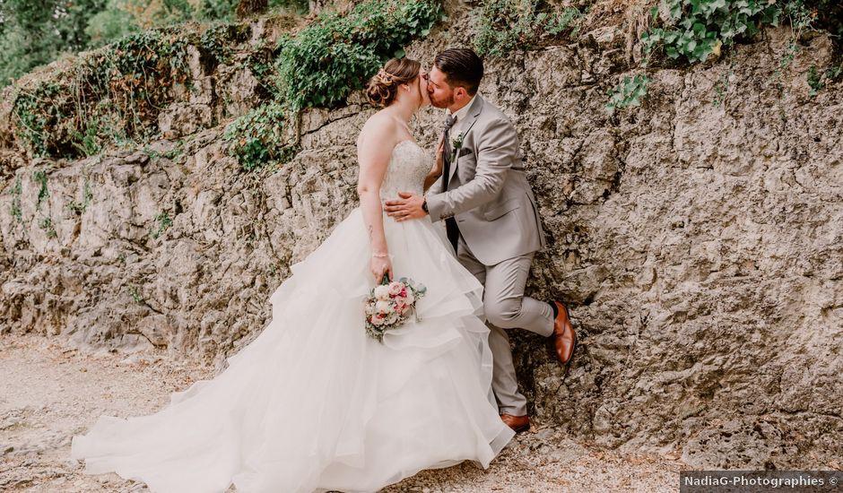 Le mariage de Valentin et Laura à Morestel, Isère