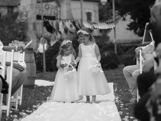 Le mariage de Marc et Rebecca à Santenay, Côte d'Or 4