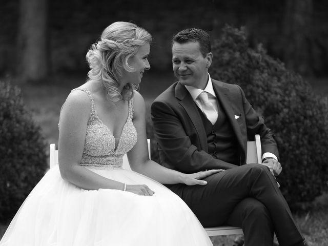 Le mariage de Marc et Rebecca à Santenay, Côte d'Or 10