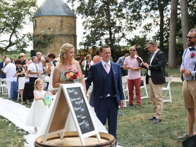 Le mariage de Marc et Rebecca à Santenay, Côte d'Or 17