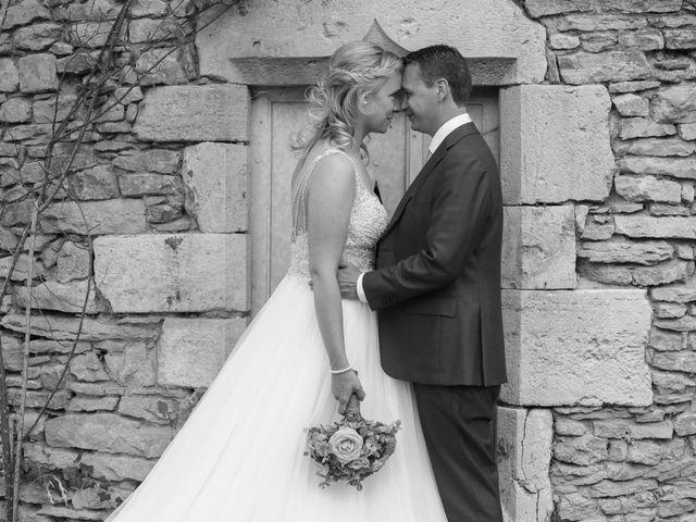 Le mariage de Marc et Rebecca à Santenay, Côte d'Or 19