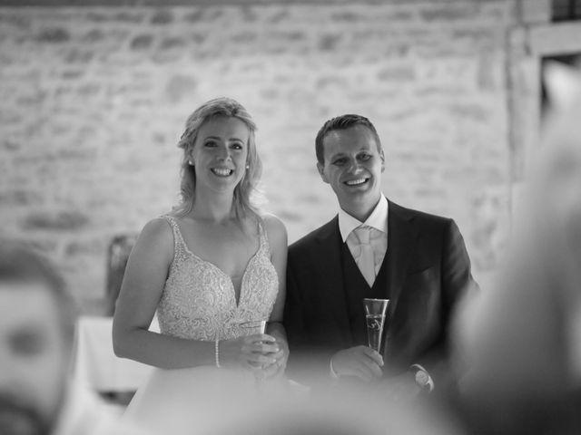 Le mariage de Marc et Rebecca à Santenay, Côte d'Or 30