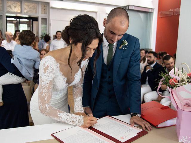 Le mariage de Thibaud et Naïs à Althen-des-Paluds, Vaucluse 34