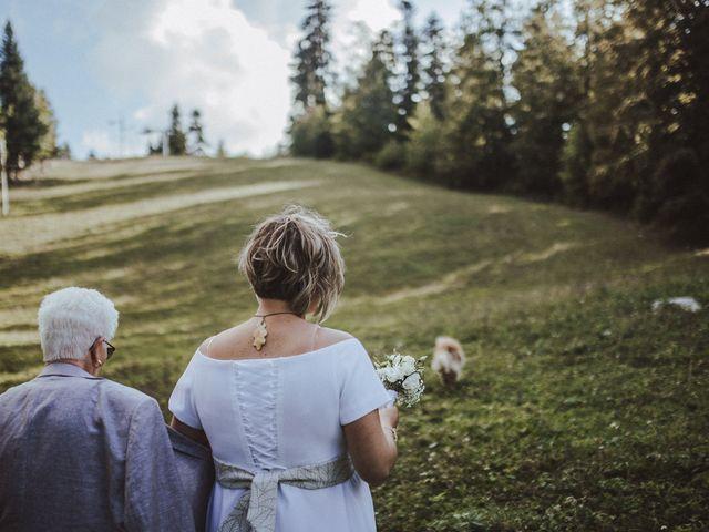 Le mariage de Cyril et Emilie à Saint-Pierre-de-Chartreuse, Isère 25
