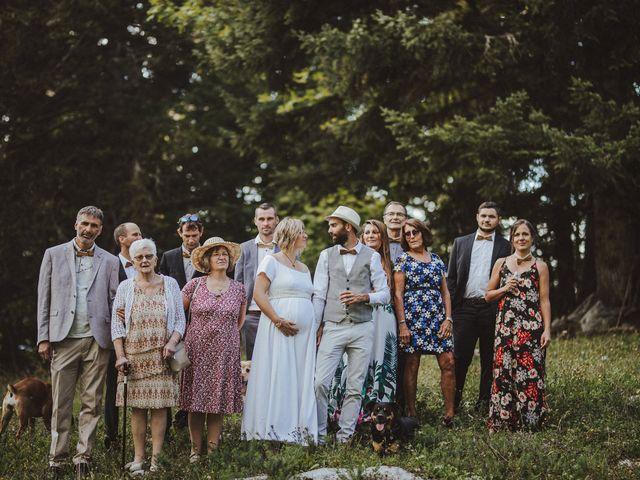 Le mariage de Cyril et Emilie à Saint-Pierre-de-Chartreuse, Isère 27