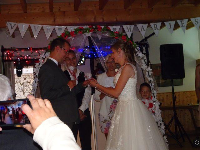 Le mariage de Bruno et Amélie à Pihem, Pas-de-Calais 8