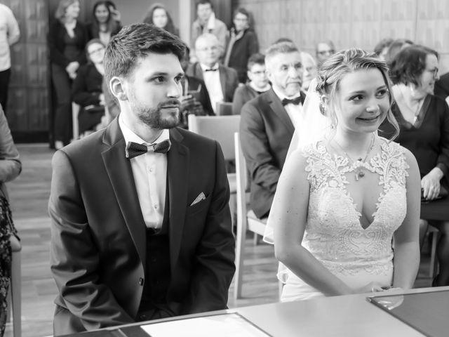 Le mariage de Thomas et Maëlys à Sainte-Geneviève-des-Bois, Essonne 56