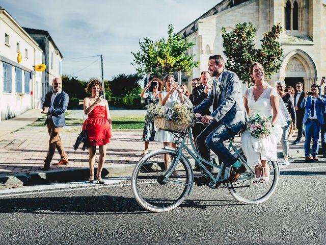 Le mariage de Delphine et Thomas à Grignols, Gironde 12