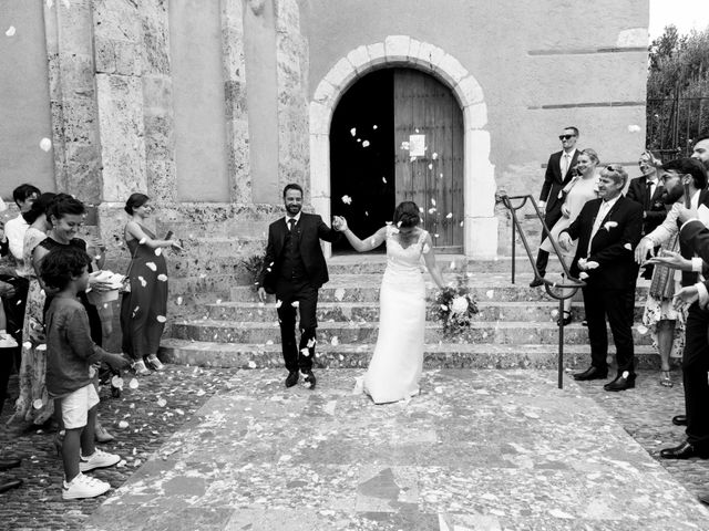 Le mariage de Nicolas et Léa à Montescot, Pyrénées-Orientales 15