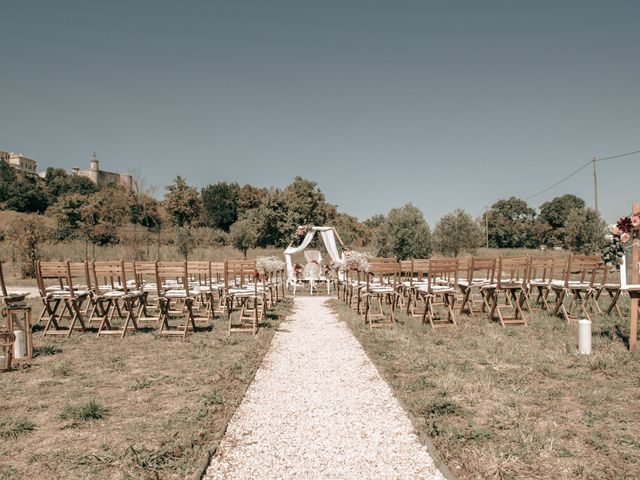 Le mariage de Erwan et Kim à Lussan, Gard 20
